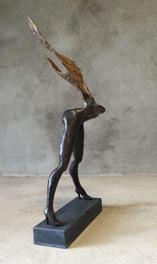 bronzen-beeld-vrouw-wannaflywithme?