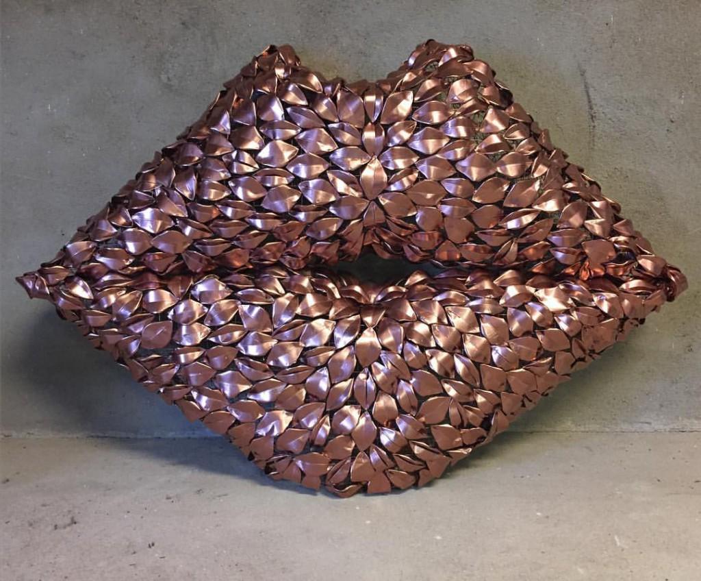 lots-of-kisses-roodkoper